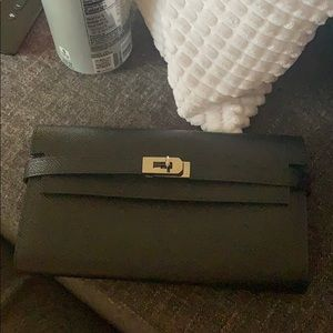 Large wallet!